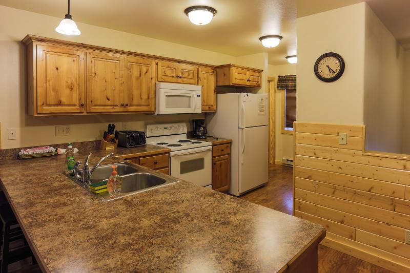 Cabin 124 - Gallatin - Image 1 - West Yellowstone - rentals