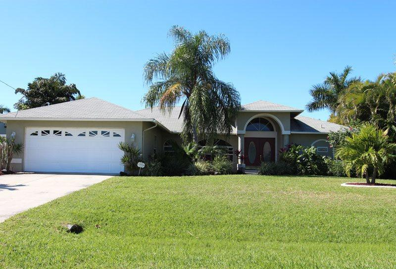 Front entrance - Villa Faye - Cape Coral - rentals