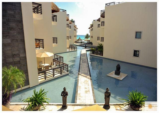 TRENDY APARTMENT just steps from the best Mamitas Beach Area + Free Internet - Image 1 - Playa del Carmen - rentals