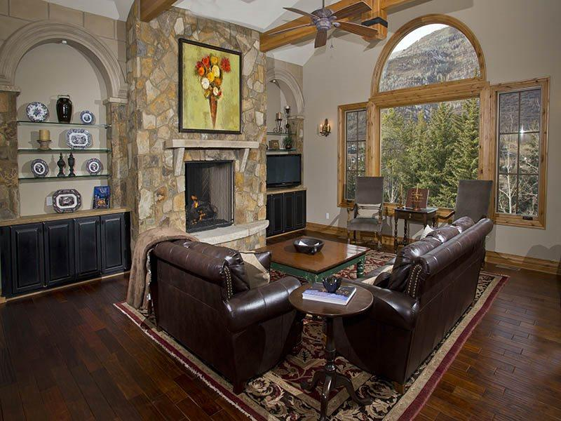 Living Room - Highland-Meadows-Chalet - Vail - rentals