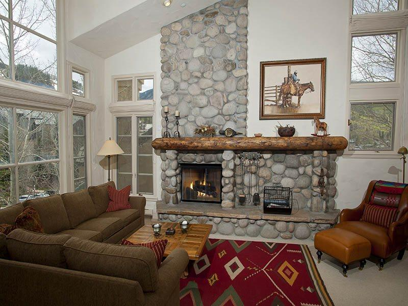 Living Room w/TV  - You`ll totally enjoy four seasons of fun on Beaver Creek Mountain from the vantage of this fully equipped Beaver Creek vacation townhome at 365 Offerson Road. - Vail - rentals