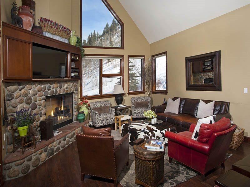 Living Room - This Vail vacation rental home is located on the side of Vail Mountain at 1230 Westhaven Circle, and ski lift #20 from Cascade Resort goes overhead nearby. - Vail - rentals