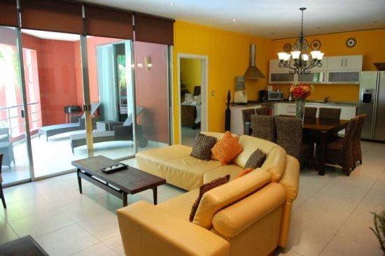 Condo Capri - Living room - Playa del Carmen vacation rentals - Capri II - Playa del Carmen - rentals