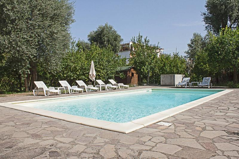 3 Bedrooms villa with pool in Sorrento centre - Image 1 - Sorrento - rentals