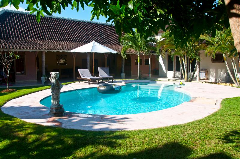 Swimming Pool - Blue Sapphire Villa. Room 1 - Seminyak - rentals