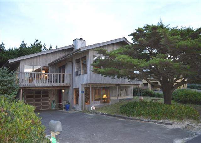 LEGACY HOUSE 2 ~ is in the Neah-Kah-Nie Neighborhood of MANZANITA, OREGON - Image 1 - Nehalem - rentals