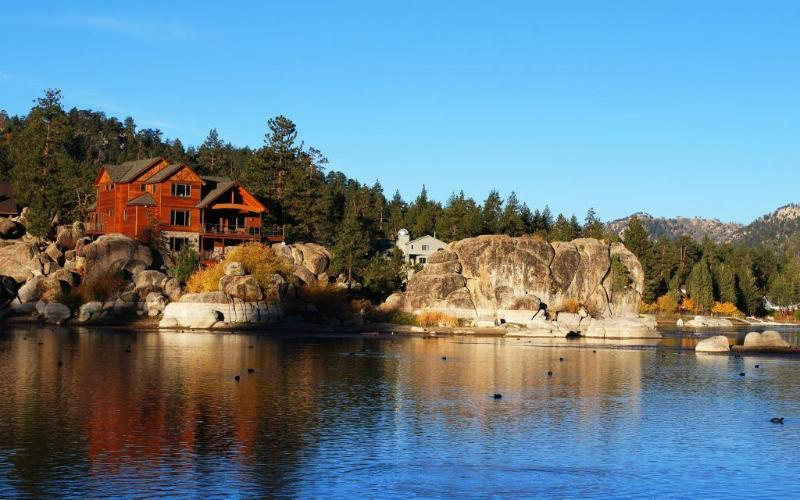 Luxury Boulder Bay Lakefront - Image 1 - City of Big Bear Lake - rentals