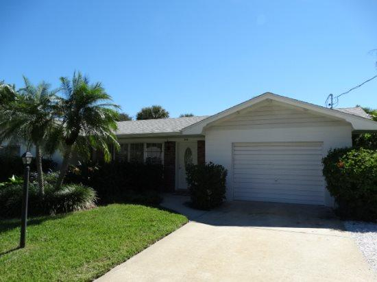 Hals Haven With Pool- 205 70th St, Holmes Beach - Image 1 - Holmes Beach - rentals