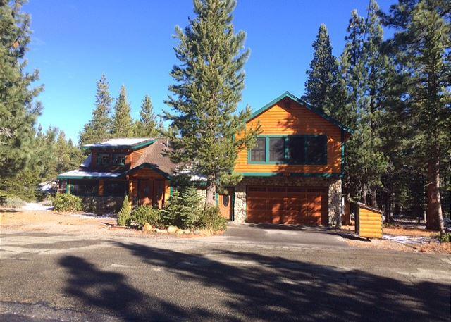 Beautiful log cabin in South Lake Tahoe, #22 - Image 1 - South Lake Tahoe - rentals