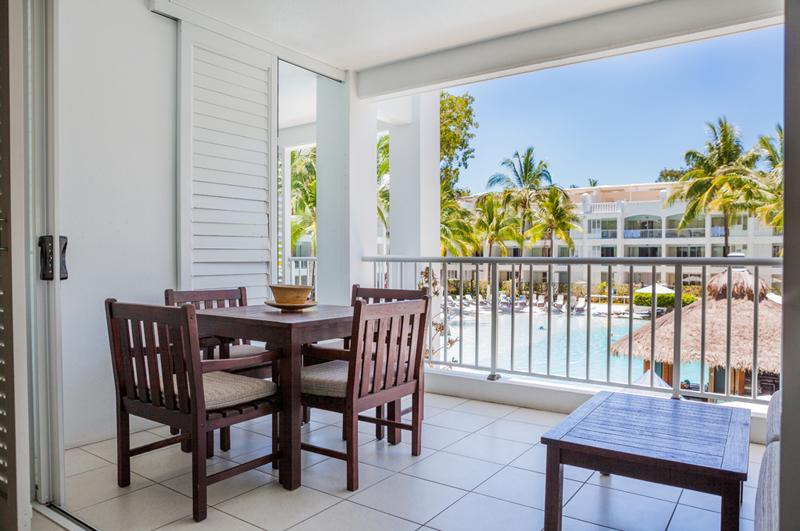 3123 BEACH PARADISE PALM COVE - Image 1 - Palm Cove - rentals