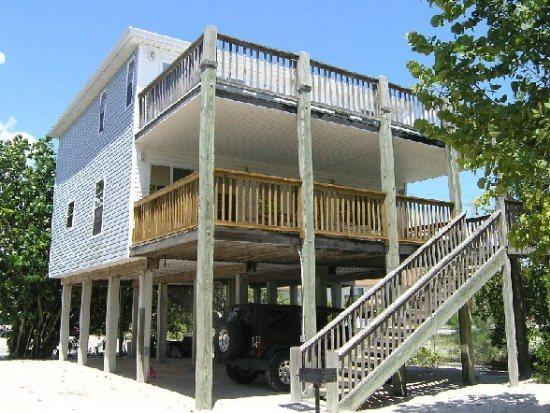 5300 Exterior - New Private Hot Tub at this Spacious Beachside Home, One House back from the Beach with Gulf Views and a Shared Pool -  Beach Retreat S Pool - Fort Myers Beach - rentals