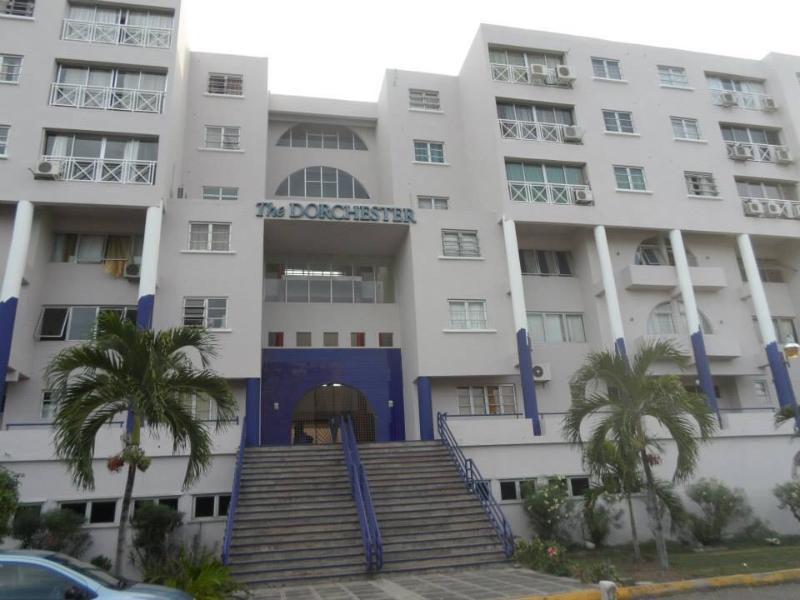Gate entrance - Home Away from Home Beautiful Two Bedroom Two Bath - Kingston - rentals
