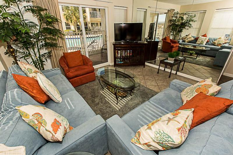 Poolside Villas 101 - Image 1 - Destin - rentals