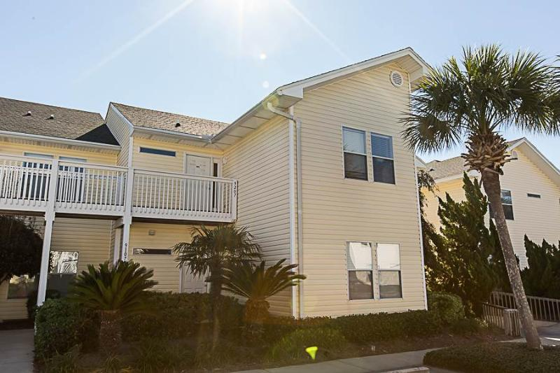 Sandpiper Cove 9207 - Image 1 - Destin - rentals