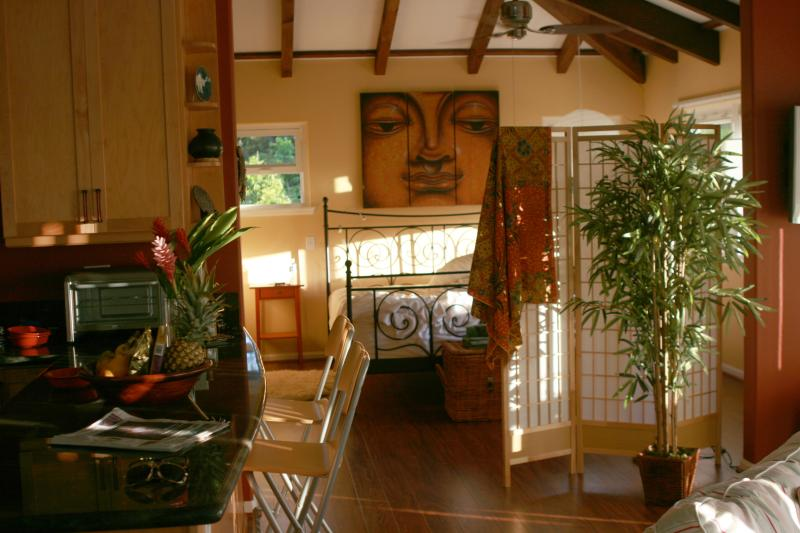 This restful sanctuary is known as the ZEN Treehouse - Simple Luxury, Spacious, steps to #1 Best Beach US - Waimanalo - rentals