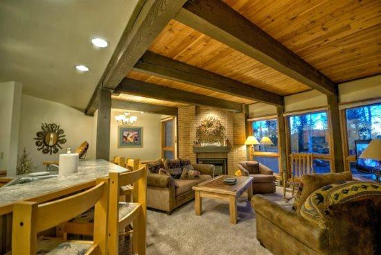 Large Living and Dining Area, Flat Screen TV, Brick Gas Fireplace, Exposed Beams - Lodge F 103 - Steamboat Springs - rentals