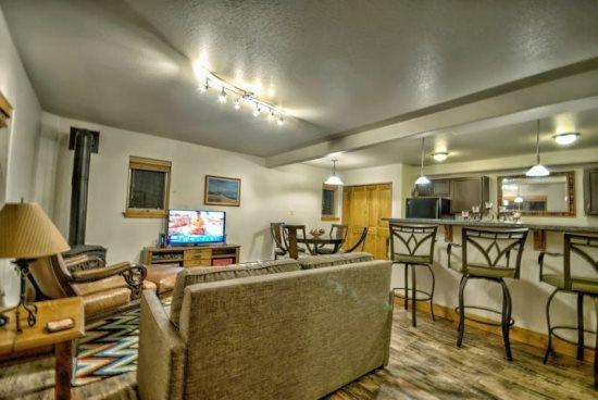 Spacious Living, Dining, and Kitchen Areas - Residences At Old Town A 2 - Steamboat Springs - rentals