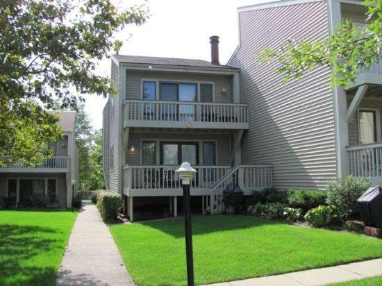 Front entry of Condo - Harbours 26 - South Haven - rentals