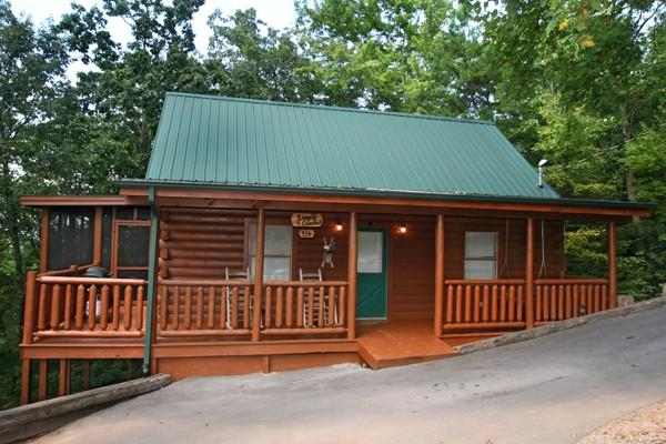 SIMPLE COMFORTS - Image 1 - Sevierville - rentals