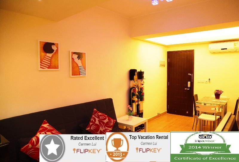 Award based on excellent reviews and high marks receive in traveler reviews. - Caseway Bay Near MTR and Times Sq. - Hong Kong - rentals