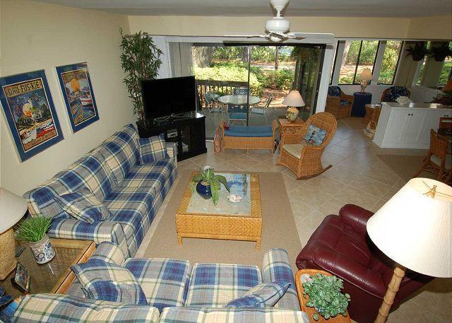 Livingroom w/ flat panel TV - 1423 South Beach Villa - Steps to the Beach - - Hilton Head - rentals