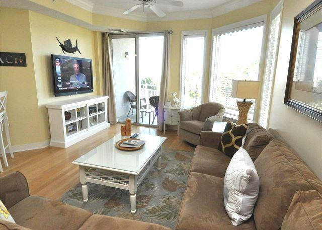 2308 SeaCrest -3rd Floor & Pretty Views and Beautiful Decor/Coastal Chic - Image 1 - Hilton Head - rentals