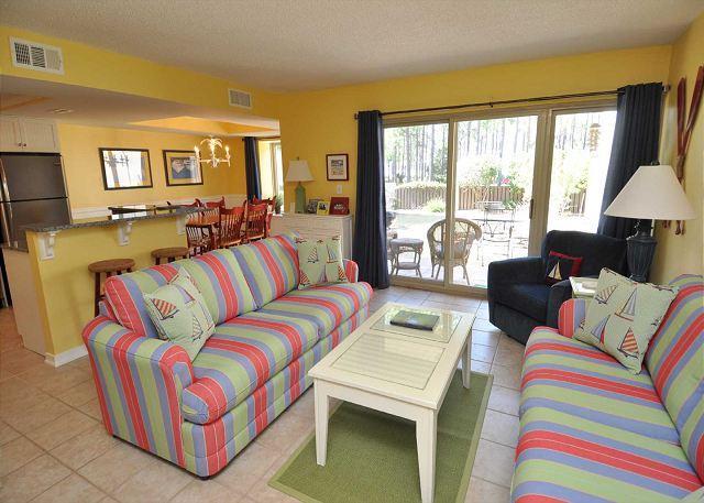 Living Area - 1702 Bluff Villas-Fully Renovated & Beautiful 1st Floor Villa!  NEW on VRBO - Hilton Head - rentals