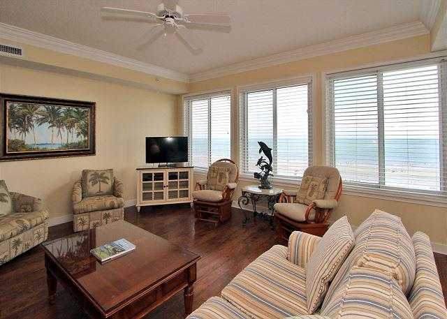 Living Area - 3503 SeaCrest -Direct Oceanfront 5th Floor & quick walk to Coligny. - Hilton Head - rentals