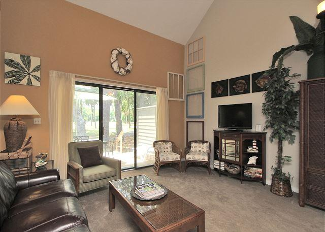 Main Living Area - 198 Greens - 7 minutes walk to the beach. Cute 1 Bedroom Townhouse - Hilton Head - rentals