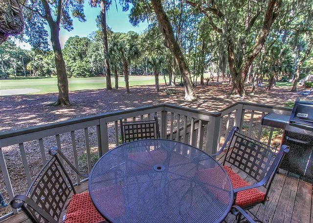Patio & View - 34 Muirfield. Quick walk to all Harbour Town has to offer - Hilton Head - rentals
