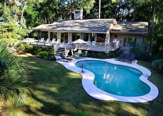 Exterior - 47 Mooring Buoy - Renovated 5th Row Ocean Home - 5 minutes walk to the beach. - Hilton Head - rentals