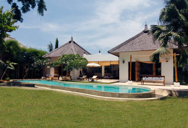 Umalas Seminyak Villa 2 Luxury Bdr and private Pool - Bali - Image 1 - Seminyak - rentals