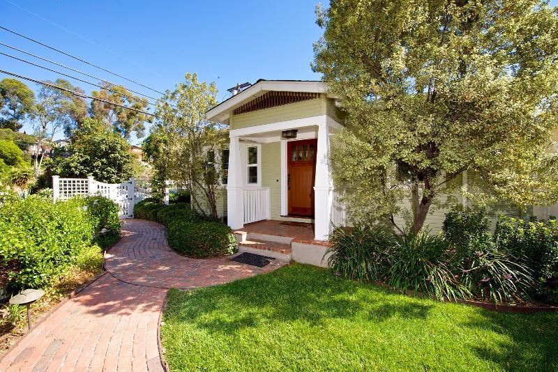 South Park Cottage, front... - San Diego - Charming South Park Cottage! - Pacific Beach - rentals