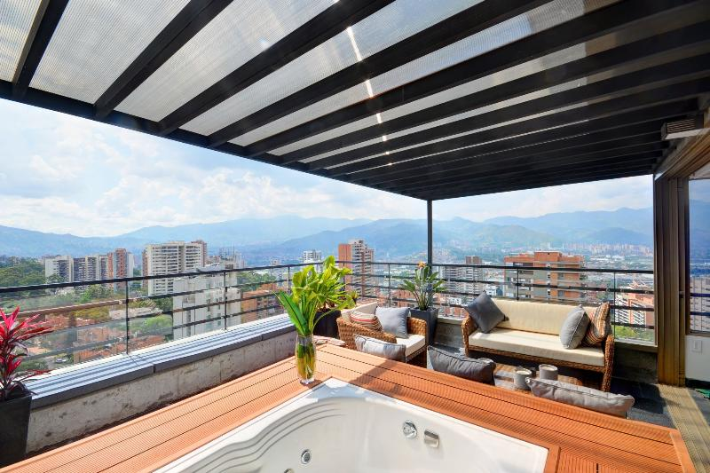 Setai 1408 Luxurious Penthouse with Jacuzzi - Image 1 - Medellin - rentals