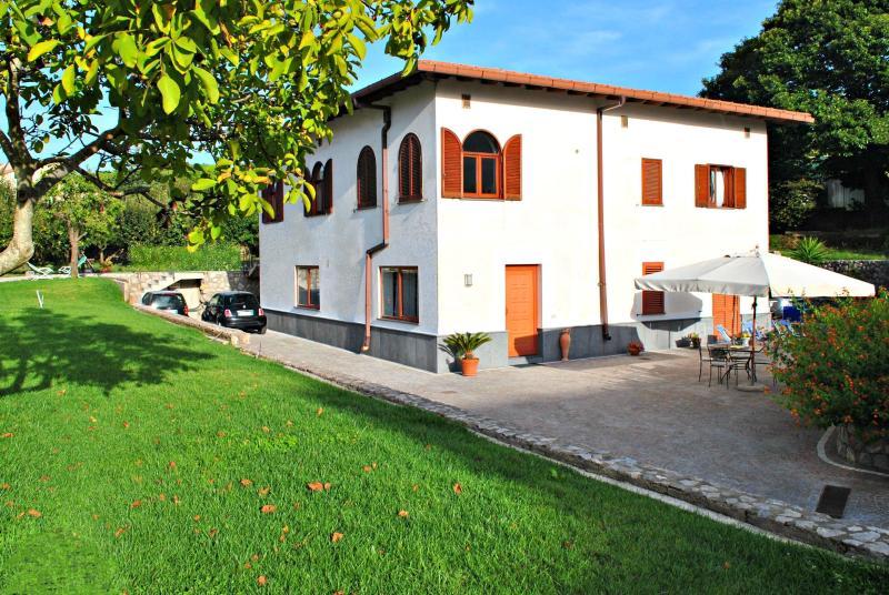 garden view - Holiday apartment between Sorrento and Positano - Sorrento - rentals