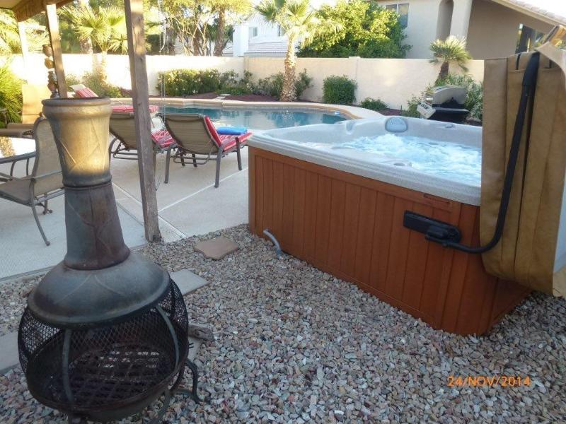 Aster Chiminea, Hot Tub & Heatedd Diving Pool - Luxury 4 Bed, 3 Bath, Heated 40' Diving Pool & Spa - Scottsdale - rentals