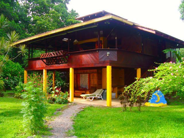 Magic Moon Beach House - The Magic Moon Beach House! Deluxe 3 BR Beachfront - Puerto Viejo de Talamanca - rentals