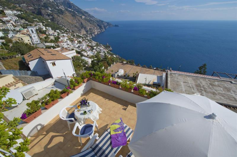 Gabbiano studio in centre of Praiano large terrace - Image 1 - Praiano - rentals