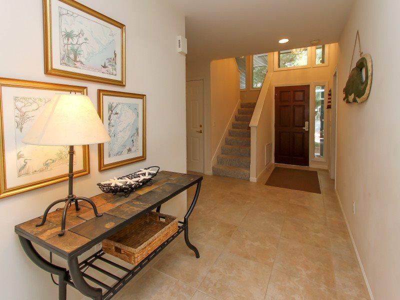Entry at 2 Oyster Catcher in Sea Pines - 2 Oyster Catcher-4 FREE Bike Rentals! - Sea Pines - rentals