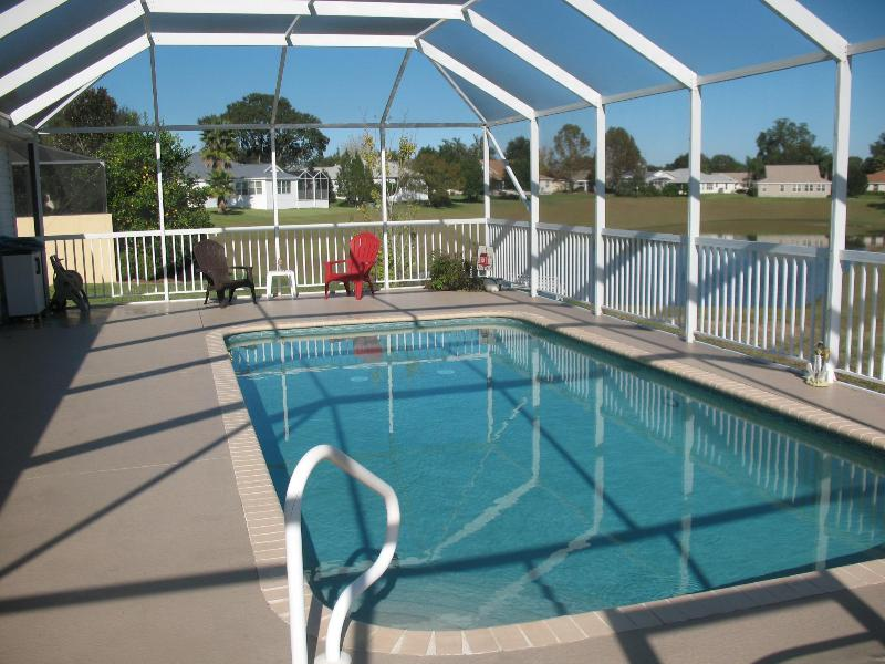 Pool area - Gorgeous 3br w/ pool + golf cart; pet ok - The Villages - rentals