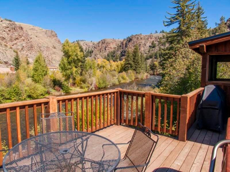 Gorgeous 4 BR Cabin on Taylor River With Private Hot Tub at Three Rivers Resort in Almont (#22) - Image 1 - Almont - rentals