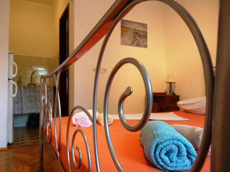 3. - Near Beach apartment island Hvar, Croatia - Image 1 - Jelsa - rentals