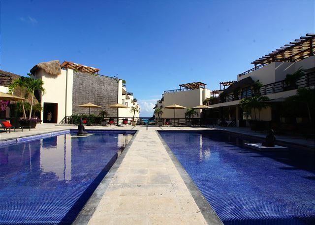 GREAT CONDO just steps from the enchanting turquoise water- Playa del Carmen - Image 1 - Playa del Carmen - rentals