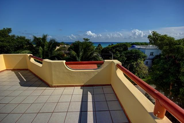 1 - Great Value, steps from the beach 4 bedroom home, - Playa del Carmen - rentals