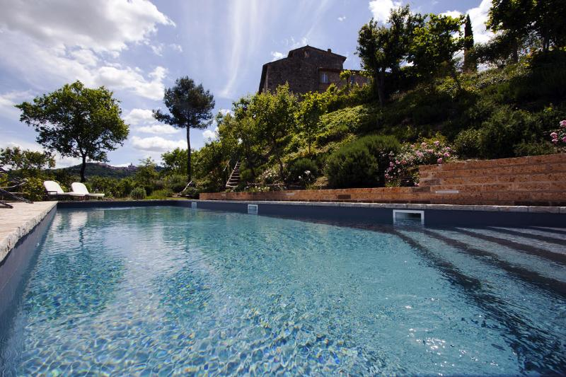 The panoramic swimming pool - Domus Picta at Torre Bertona - Charming Apt with Swimming Pool and Spa - Todi - rentals