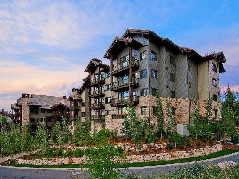 Arrowleaf Penthouse  - Arrowleaf Penthouse Ski-In/Ski-Out at Deer Valley Resort with Arrowleaf Lodge Amenities - Park City - rentals