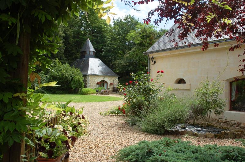 View of le Pressoir - Gite in the heart of the Loire Valley (sleeps 2-6) - Brion - rentals