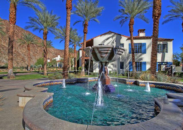 Beautiful 3 bedroom villa with unobstructed view of the mountains - Image 1 - La Quinta - rentals