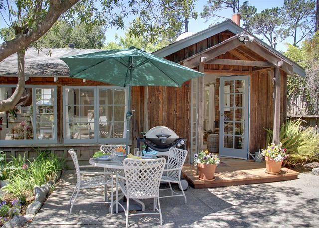 3274 Sea Shell Cottage ~ Plush Beds, Luxury Linens ~ Walk to Town ~ Fireplace - Image 1 - Carmel - rentals