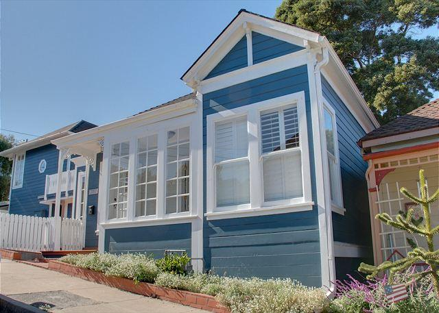 3474 Ocean Blue House ~ Cape Cod Styling, Walking Distance to Downtown & Bay - Image 1 - Pacific Grove - rentals